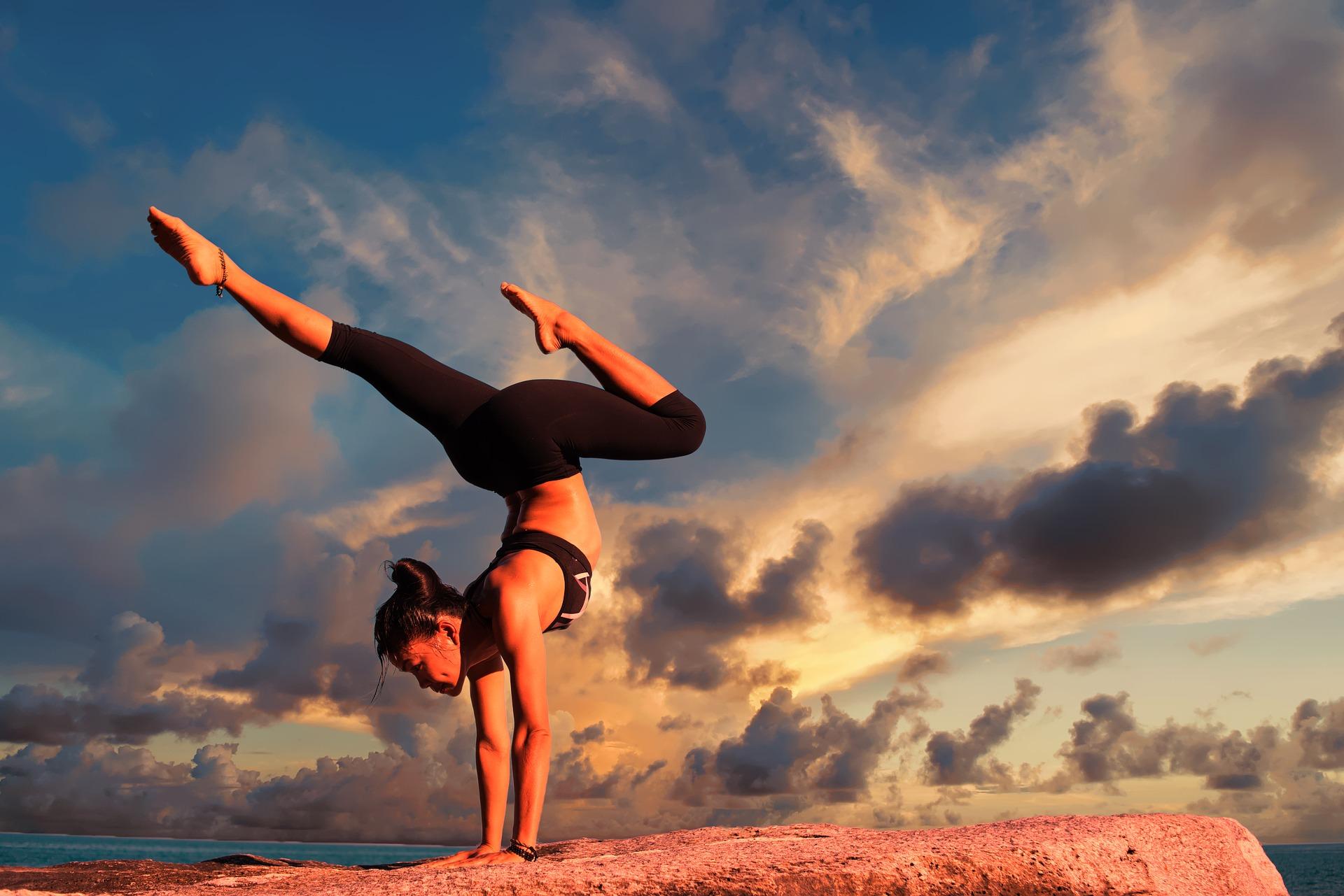 yoga-2116093_1920